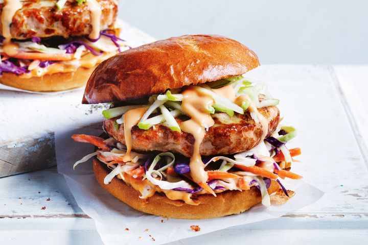 Recipe of Easy chicken burgers with apple and slaw
