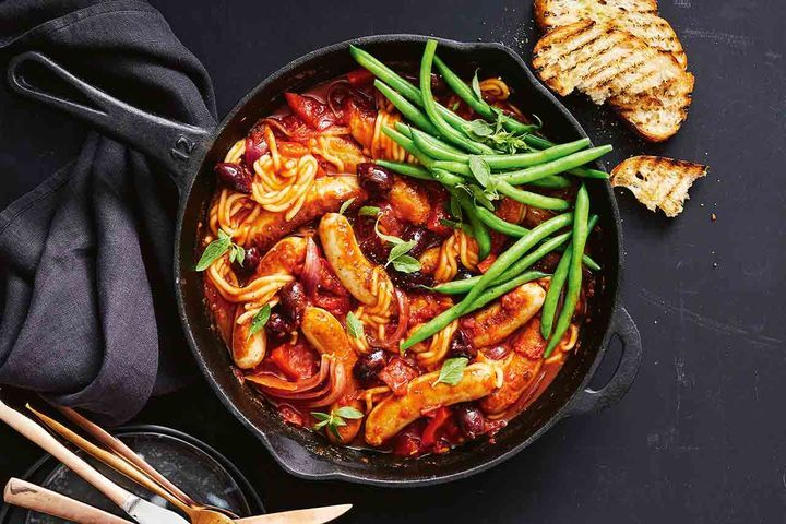 Simple Way to Make One-pan chicken cacciatore